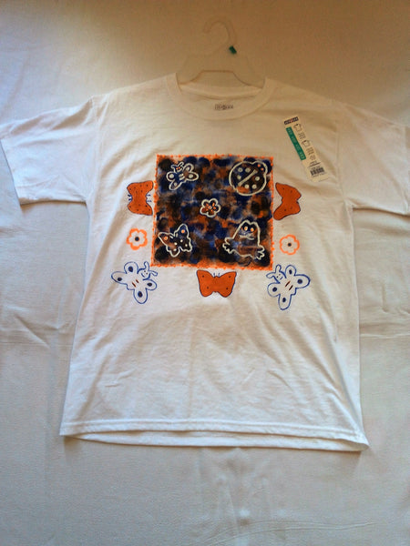 Frog, Butterfly and Daisy Hand Painted Youth T-Shirt - FayZen's Kreations