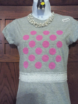 Polka Dot Ladies T-Shirt with Lace at Waist & Necklace Set - FayZen's Kreations