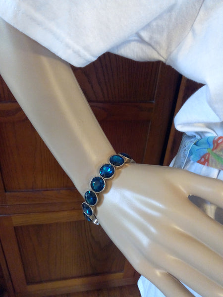 Blue Topaz Colored Stretch Bracelet - FayZen's Kreations
