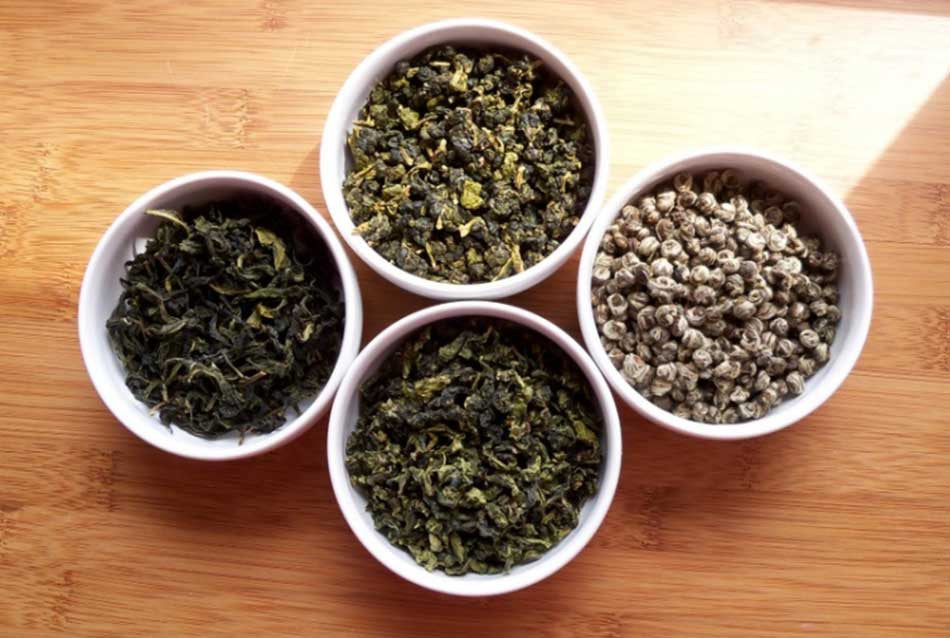Why whole leaf loose teas are better than tea bags?