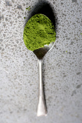 How much matcha is needed for a cup of tea