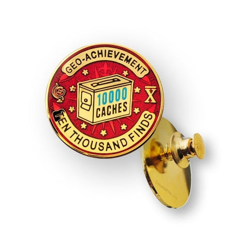10000 Finds Geo-Achievement™ Pin for geocaching