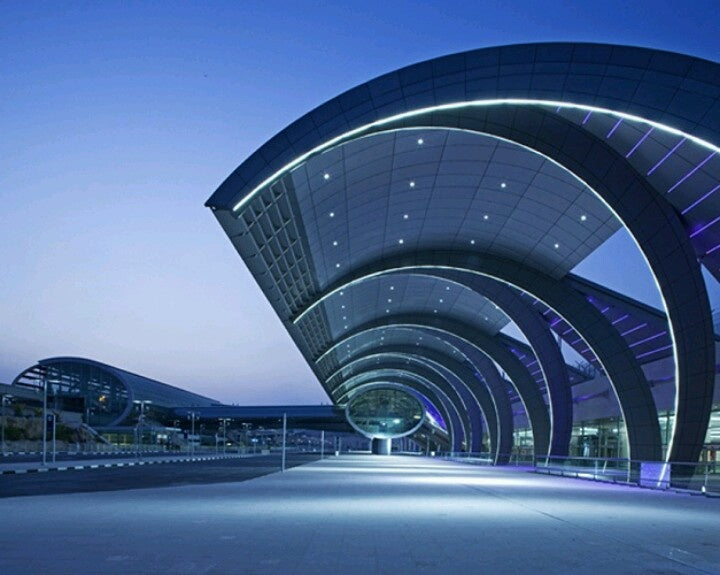 Top 5 beautiful airports in the world