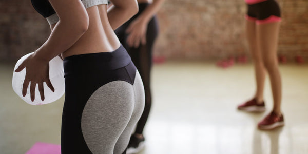 What Should You Wear Under Leggings?