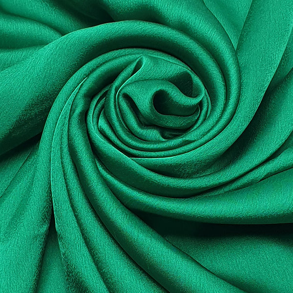NEW | Rayon Silk Luxury Hijab | Green Ray - Mai Official