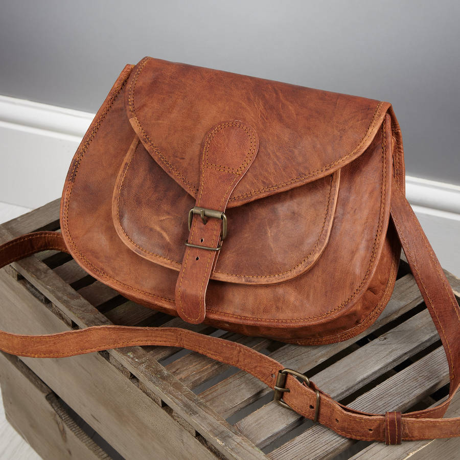 Two pocket leather saddle bag satchel