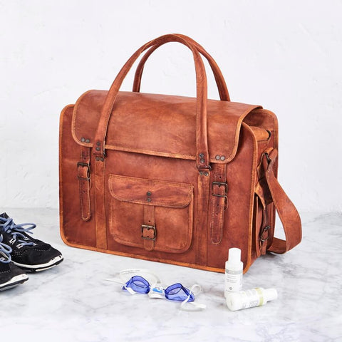 Large tan leather weekend bag