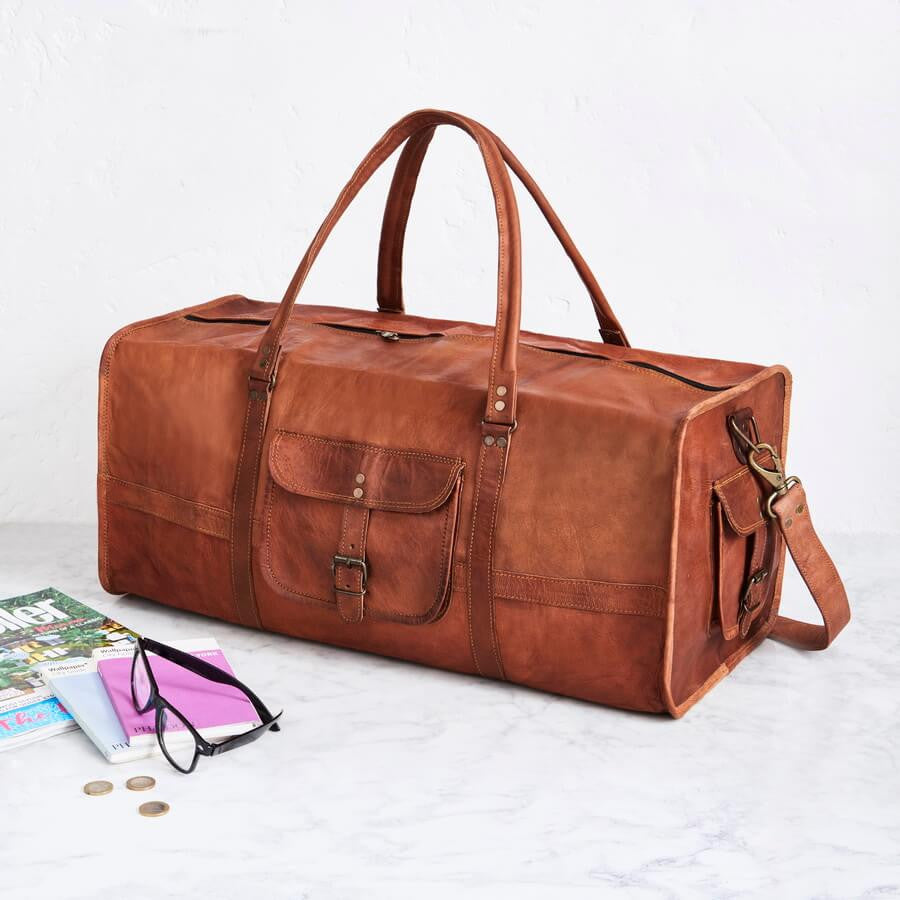 Square end duffel bag in tan leather