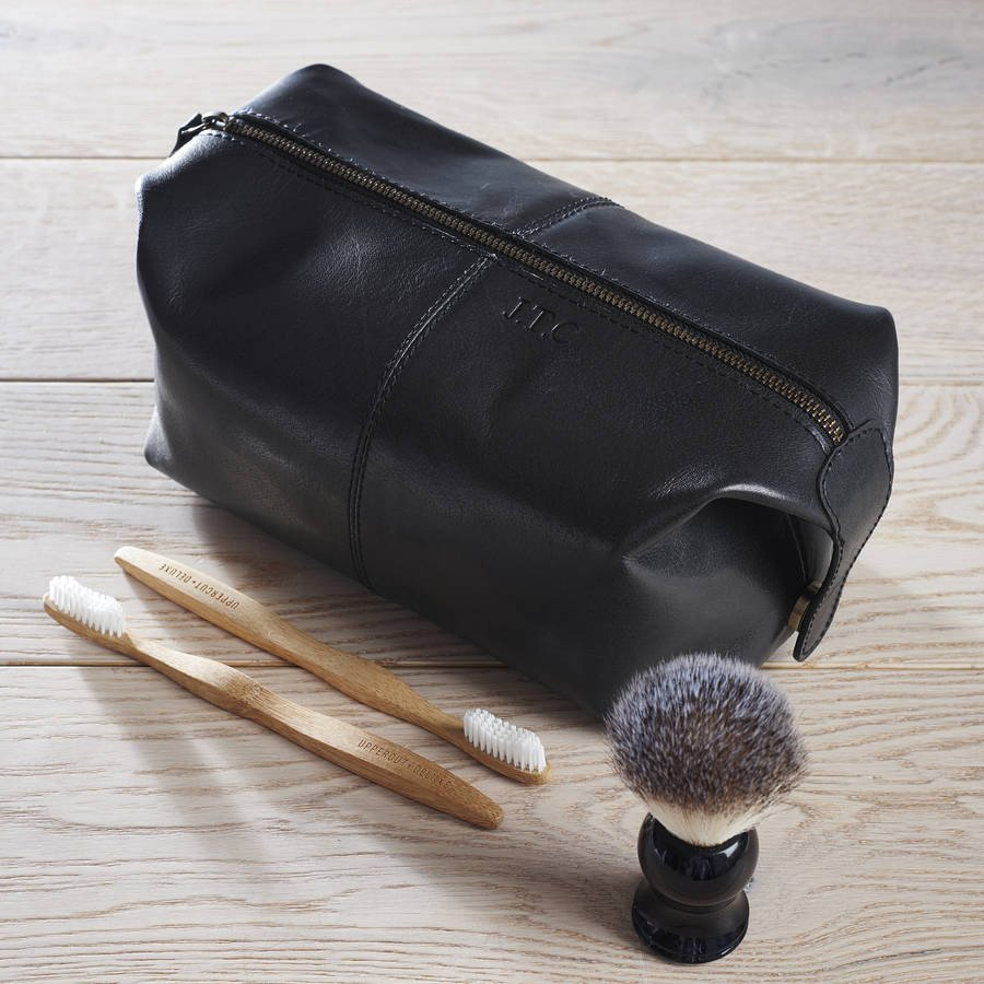 Dad Leather Wash Bag Black (accessories not included)