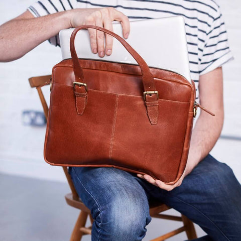 Briefcase laptop bag in tan leather