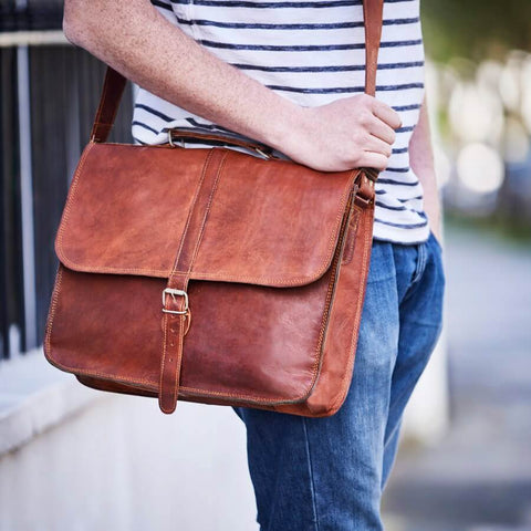Vintage style leather laptop shoulder bag for men