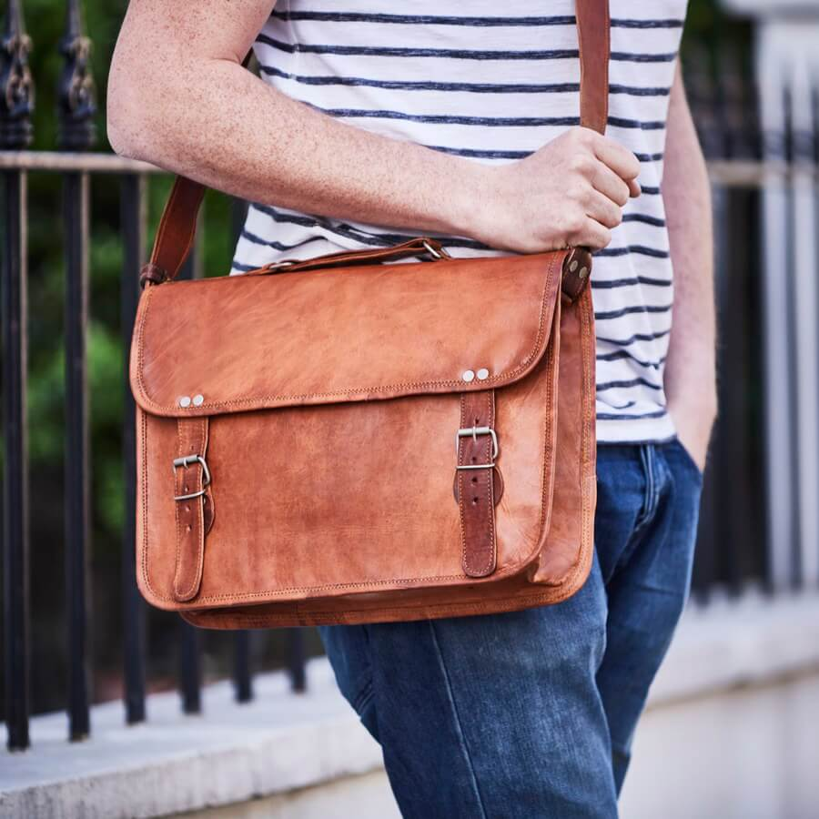 Leather laptop bag with handle in tan