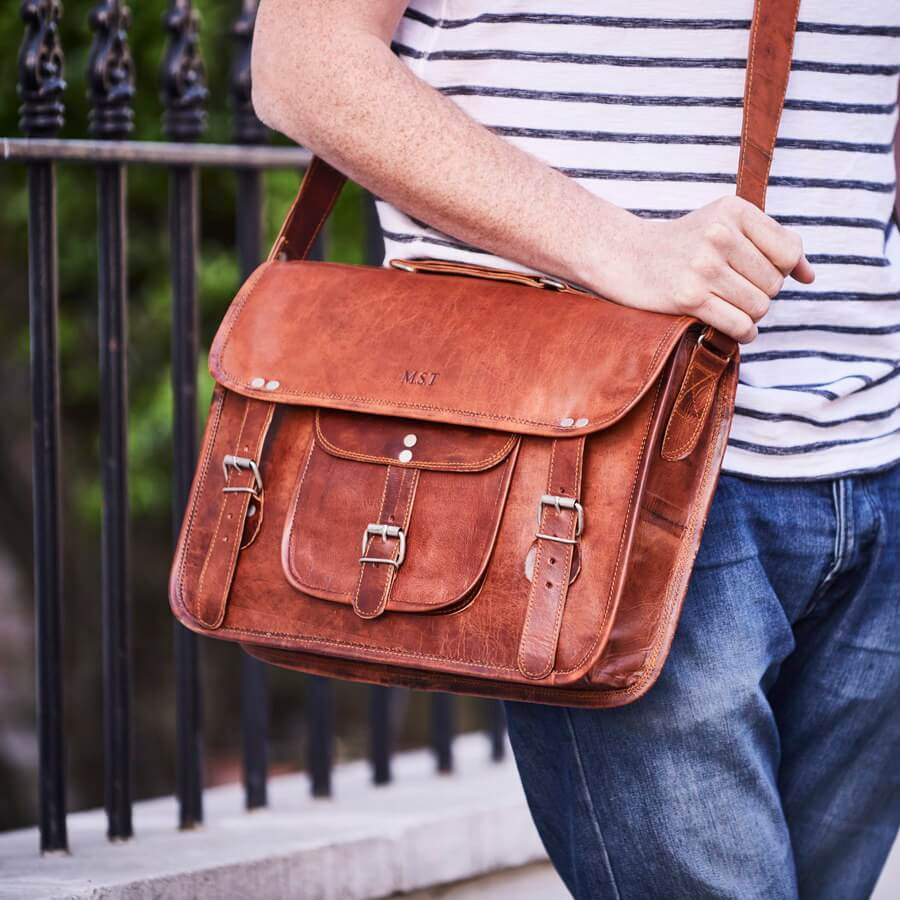 Medium Men's Classic Leather Satchel
