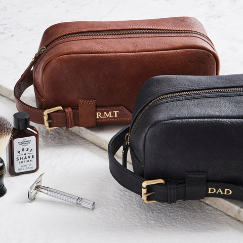 Buckle mens leather washbag in black and tan