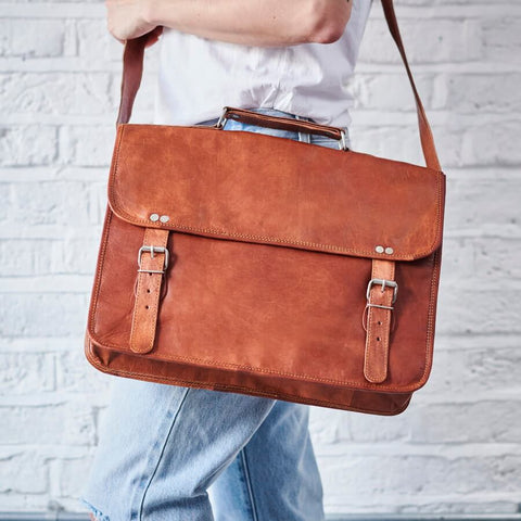 Grande large tan leather shoulder bag satchel