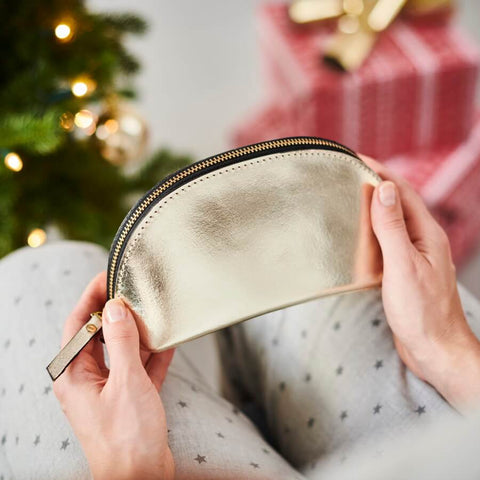 Gold make-up bag Christmas gift