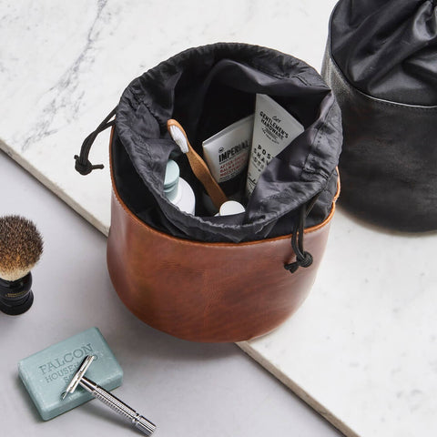 Luxury real leather wash bag in tan and black leather