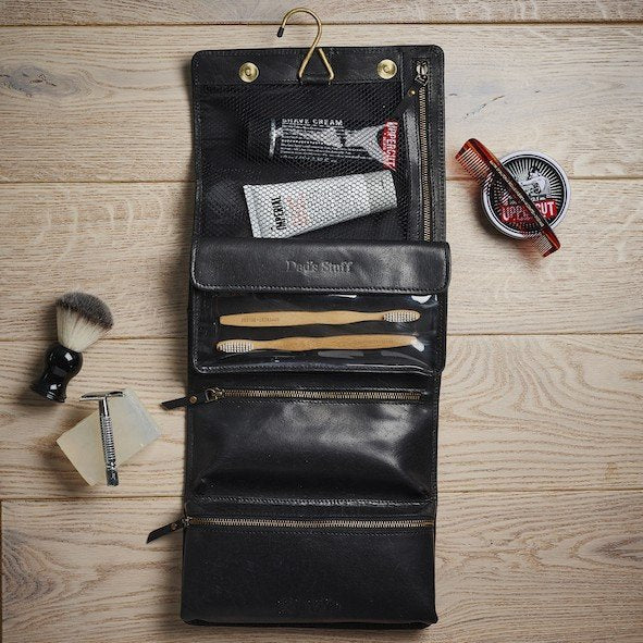 Handmade Leather Hanging Wash Bags For Stylish Travel