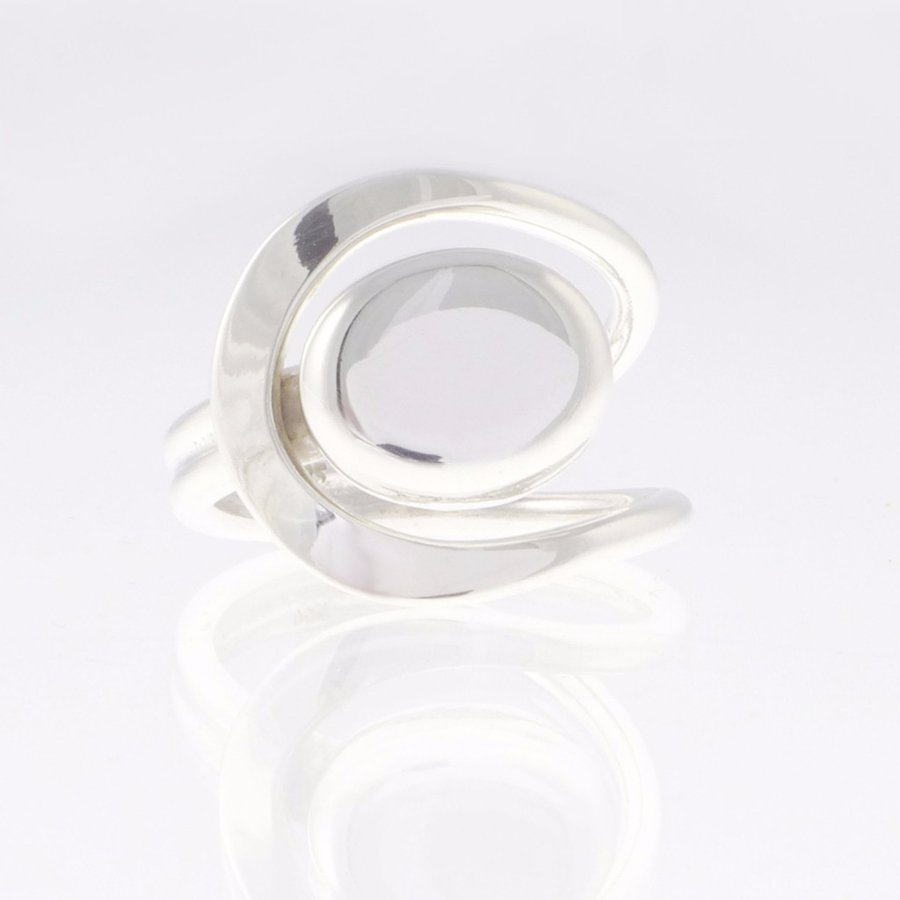 silver ring moon