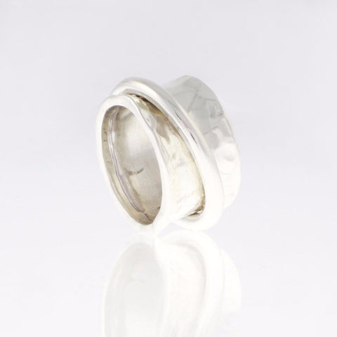 Silver ring Concave