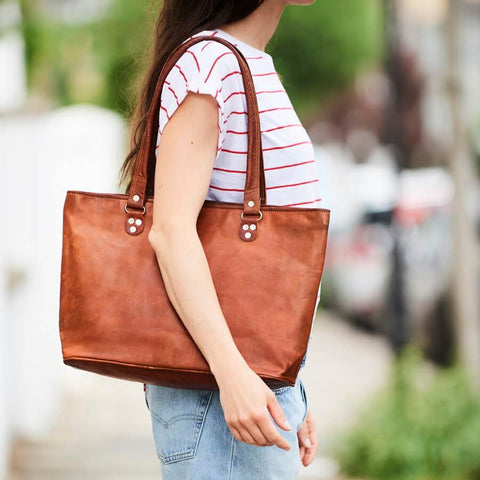 Vintage leather tote bag in tan brown