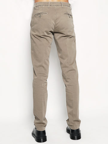 Pantalone chino stretch Tortora
