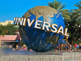 Singapore: Transfer + City Tour + Universal Studio
