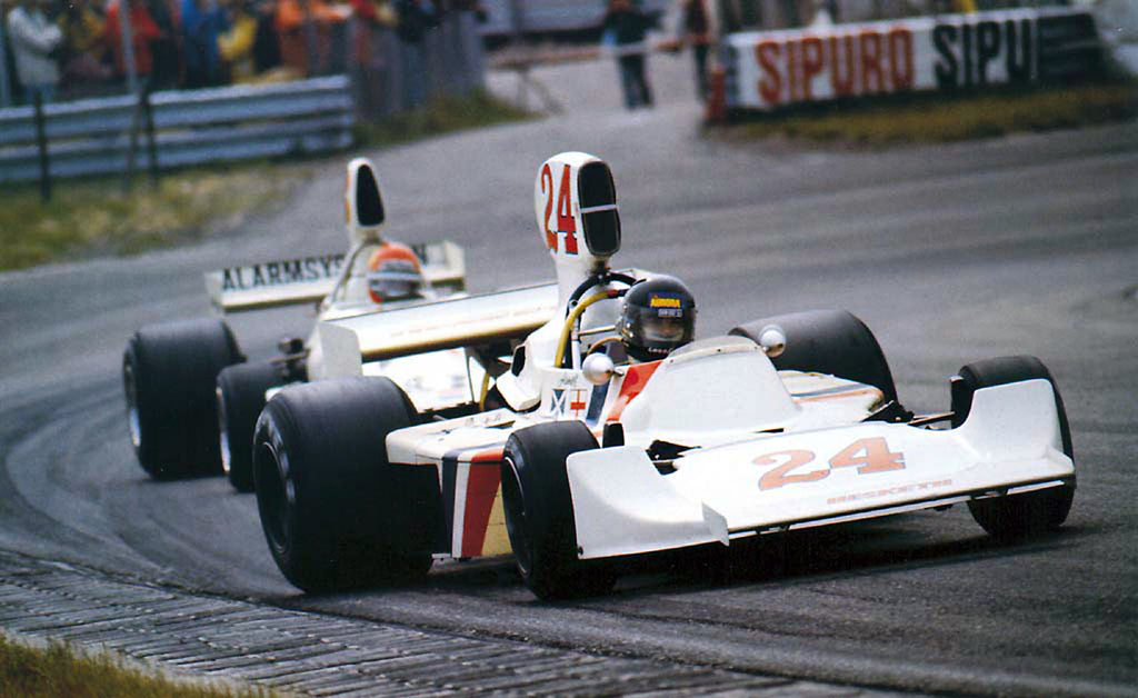 Hesketh Racing by RetroGP.com