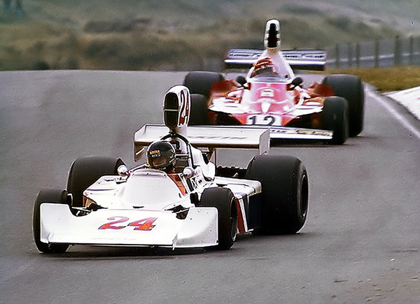 Zandvoort 1975 James Hunt Hesketh Racing vs Niki Lauda Ferrari