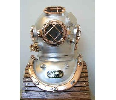 Desco US NAVY Mark V, Model 1 Diving Helmet