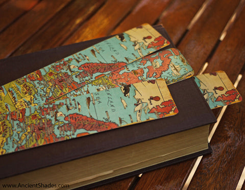 Vintage illustrated world map bookmark template free download i have made a few bookmarks using this map and the result was impressive so i decided to share with you the template which can be downloaded for free here gumiabroncs Gallery