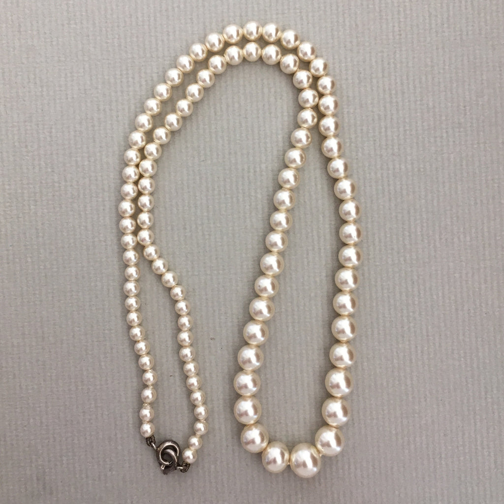 single p faux of picture vtg s necklace strand made pearl company usa knotted