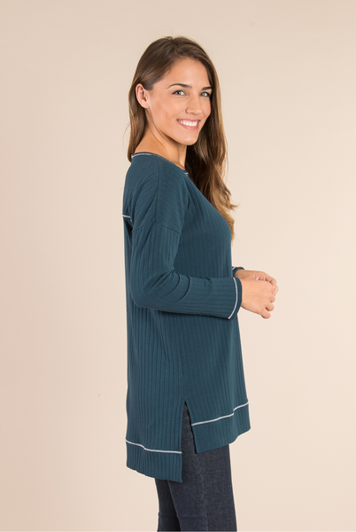 Ribbed Contrast Sleeve Top