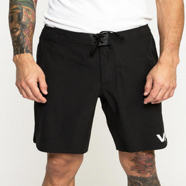 "RVCA Train 19"" Shorts - Black"