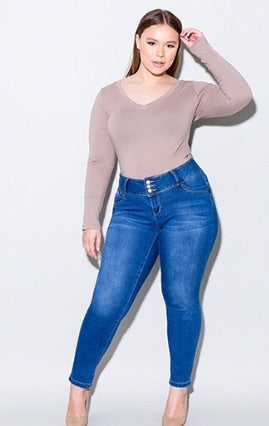 Plus Size WannaBettaButt 3 Button Skinnies