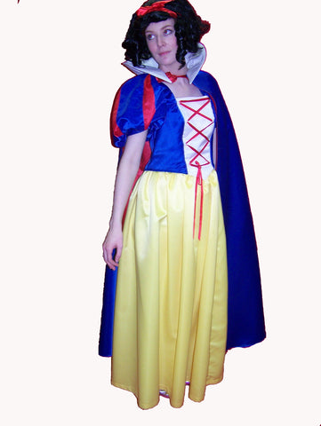 Snow White ; Rental Includes Deposit