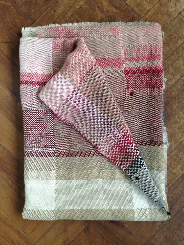 C_Riccabona hand-woven throw wine red2