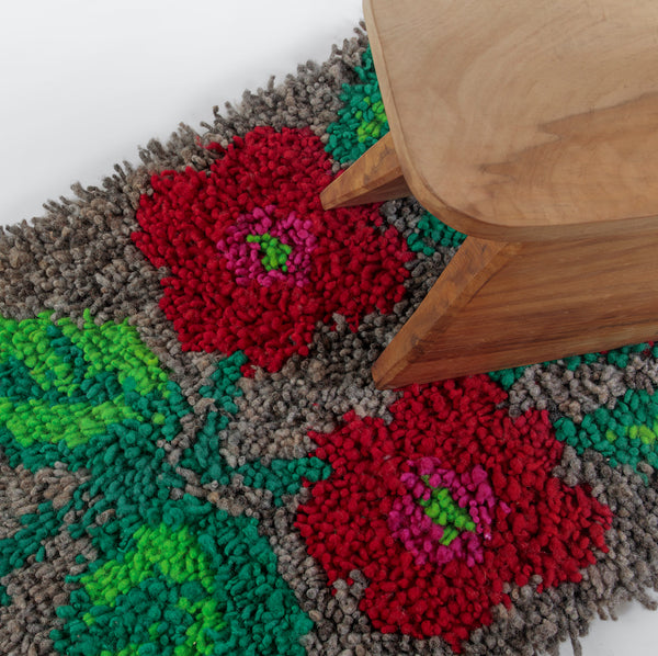 Traditional Wool-Hair Knot Foot Rug (Gray with Flowers) by Artesanías de Chile Foundation (Chile)