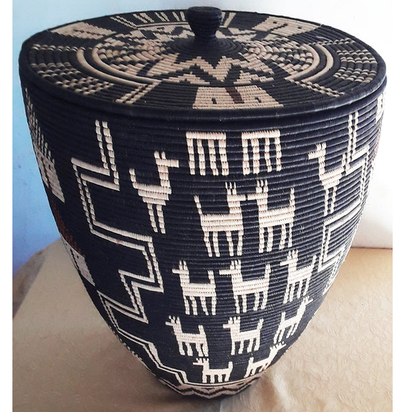 Imbuje, an Ilala Palm grass Basket by Angeline Bonisiwe Masuku Trading (SOUTH-AFRICA)