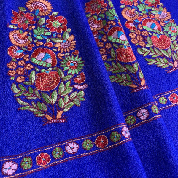 Cashmere Pashmina shawl with Mughal Floral Design Motif by Firdose Ahmed Jan (INDIA)
