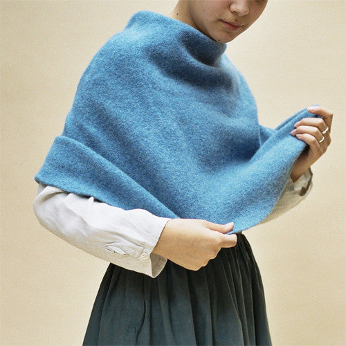Cecilie Telle, Poncho, Round