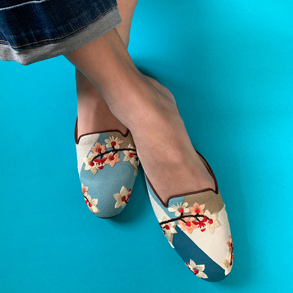 China, Suzhou Cobblers, Star Blossom Flat Shoes