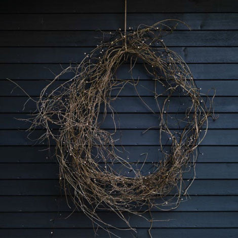 How to make a natural Christmas wreath - Selvedge Magazine