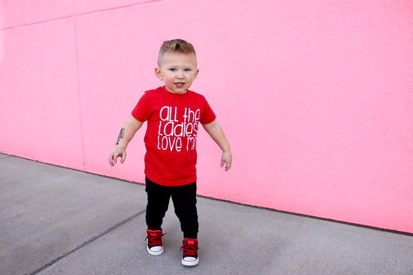All the ladies love me - trendy boys graphic tee
