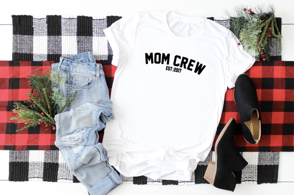 MOM CREW EST:  customize your year.