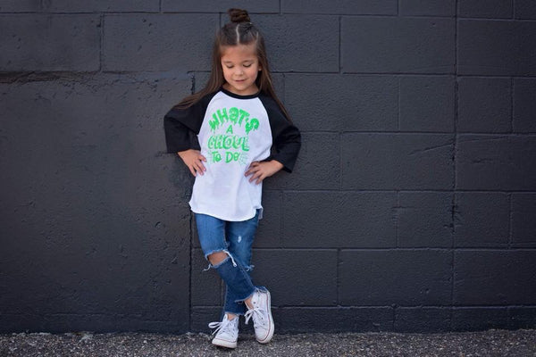 What's a ghoul to do girls halloween raglan