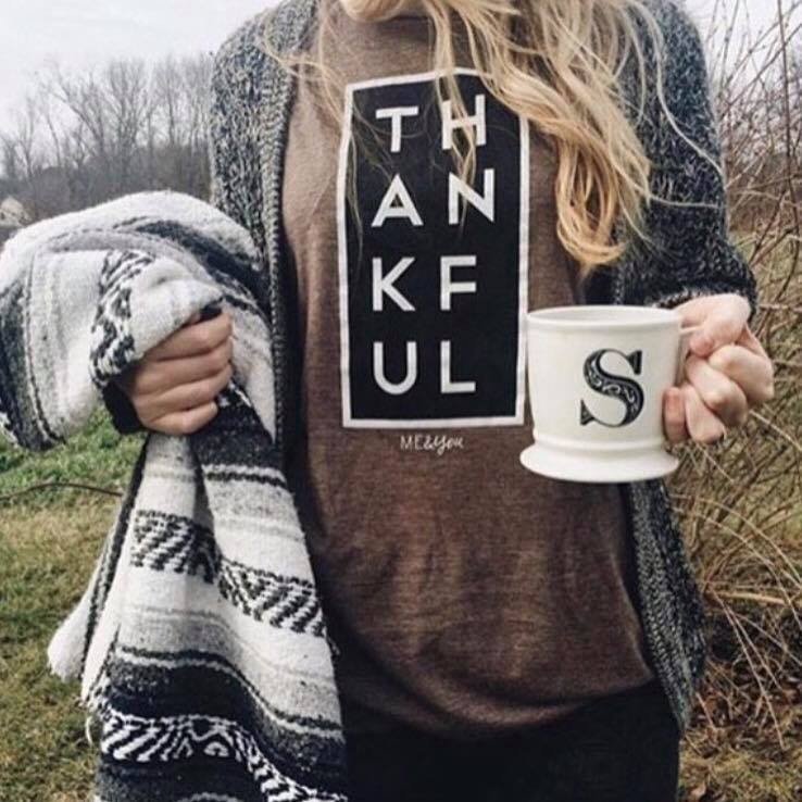thankful tee, womens thankful tee, womens trendy fashion, womens affordable fashion, online boutique, cs clothing co, c&s clothing co, free shipping, fast and free shipping