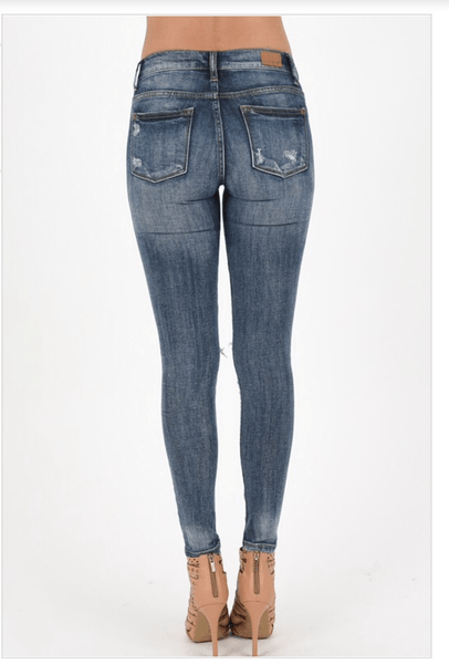 judy blue jeans, womens distressed jeans, womens ripped jeans, womens affordable fashion, womens trendy fashion, cs clothing co, c&s clothing co, online boutique, fast and free shipping, free shipping
