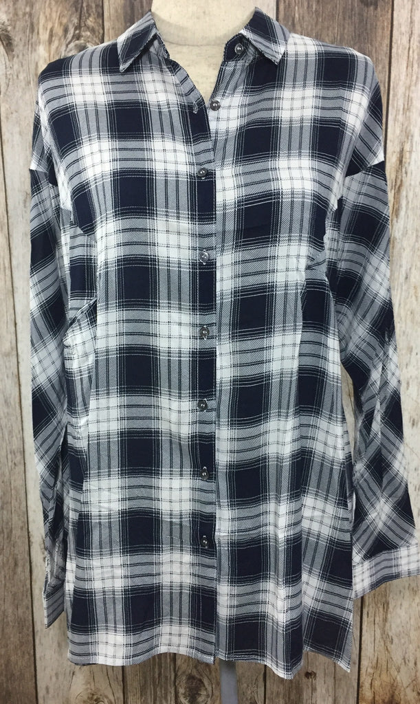 navy plaid top, loose fit tops, plaid tops, navy tops, button down plaid tops, button down navy tops, womens plaid tops, plaid shirts, free shipping