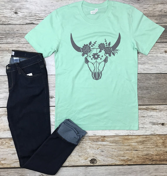 steer head tee, mint tee, graphic tee, graphic tees with steer, western tees, western graphic tees, floral steer tee, free shipping